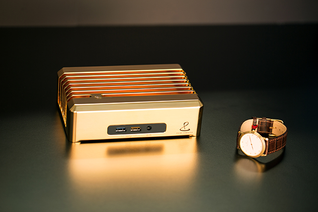 Limited edition: Prime Gold – Computer made from 18ct gold