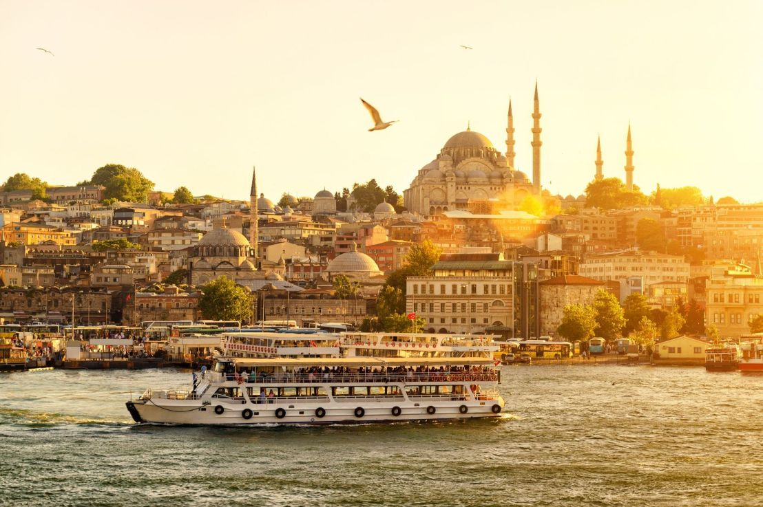 Enjoy Istanbul during a stopover