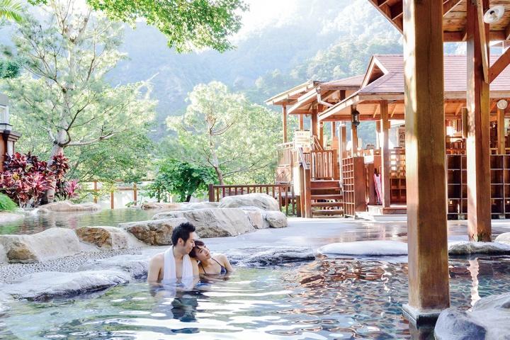 hot spring -web3.jpg