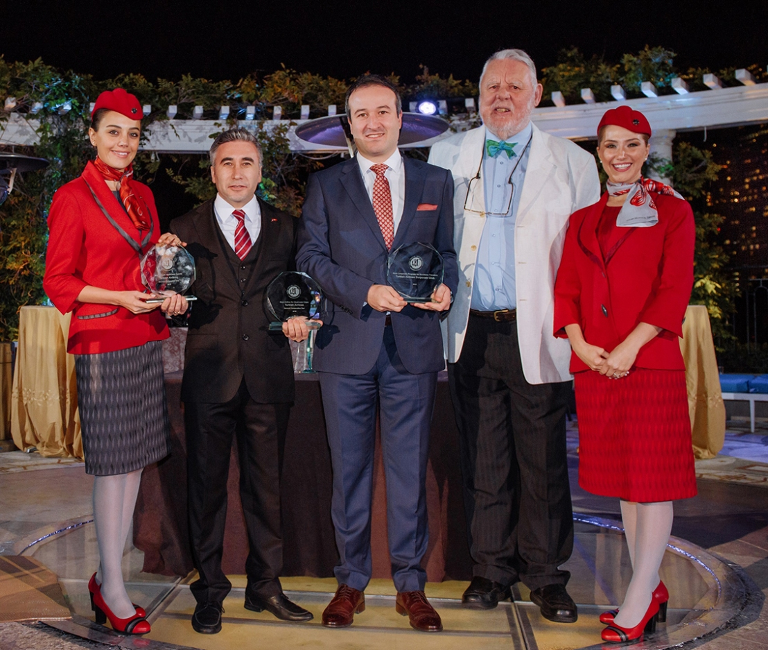 """Turkish Airlines Corporate Club won the First-Ever GT Tested Reader Survey Award for """"Best Corporate Travel Program for BusinessTravelers""""."""